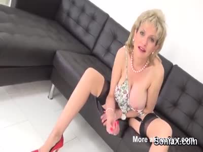 Adulterous british milf lady sonia presents her massive knoc