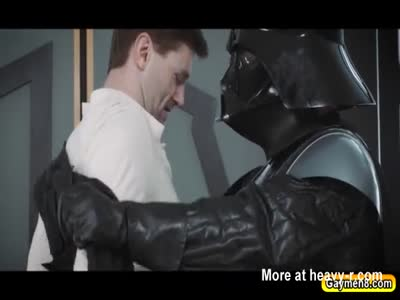 Young Jedi meets Vader and suck his dick