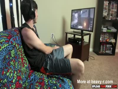 Gamer Getting A Blowjob From A Teen