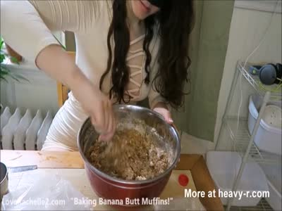Scat Slut Bakes Muffins With Shit
