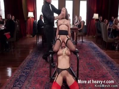 Slave anal fucked at bruch group sex