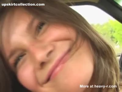 Teen Plays With Herself In Car