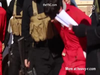New ISIS Shooting executions Of Men