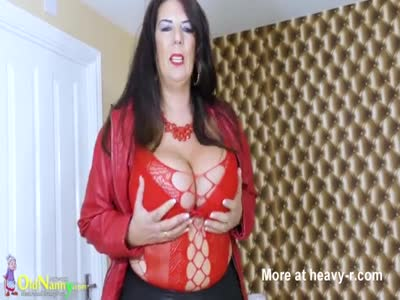 Huge Boobs Mature Stripping
