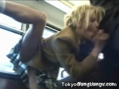 Flexi Schoolgirl Sucks Stranger In Bus
