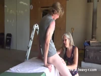 Trashy Mom Likes Young Dick