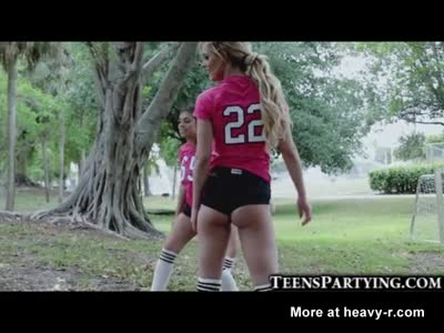 Spying On Hot Soccer Teen Girls!