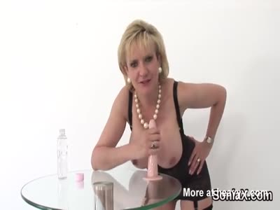 Unfaithful british mature lady sonia flaunts her huge puppie