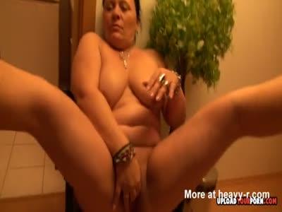 Chubby Grandma Masturbating