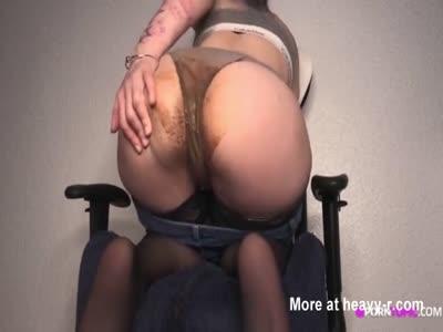Shitting Her Panties