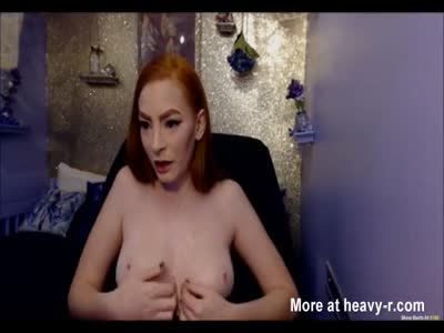 Ginger Babe Has Big Toy And Wet Pussy