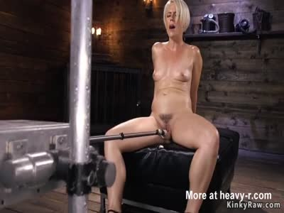 Hot Hairy MILF Pleased By Fucking Machine
