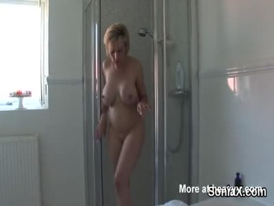 Mature MILF Shows Huge Knockers