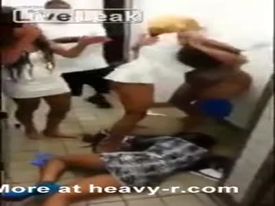 Black Women Fighting At A Fastfood Restaurant