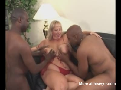 SSBBW In Interracial Threesome