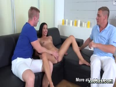 Boyfriend assists with hymen checkup and penetrating of virg