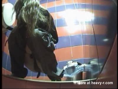 Spycam Filming Girl Shitting