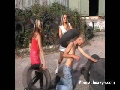 Guy Gets Beaten By 2 Hot Bitches