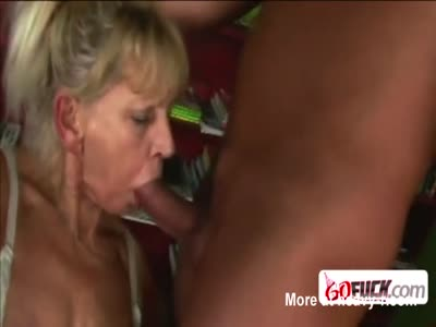 Sexy babe gets to taste big dick