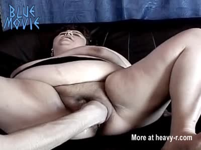 Mature Loves Cum Facial