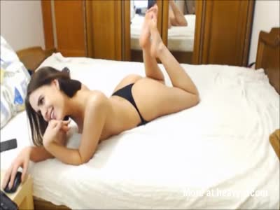 Sexy Beautiful Russian Babe With Tight Ass Masturbating With