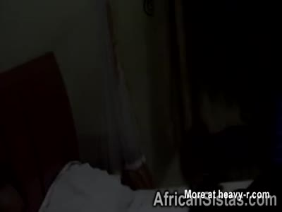 Amateur ebony lesbians enjoys licking shaved cunts