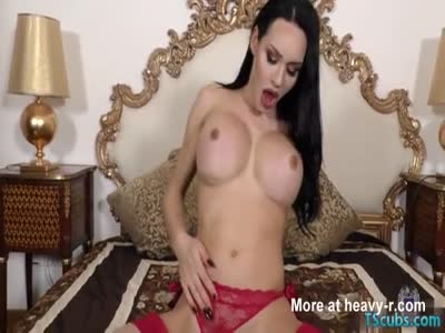 Hot shemale dildo with cumshot