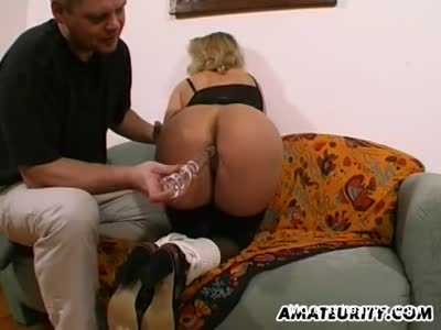 MILF Gets Toyed