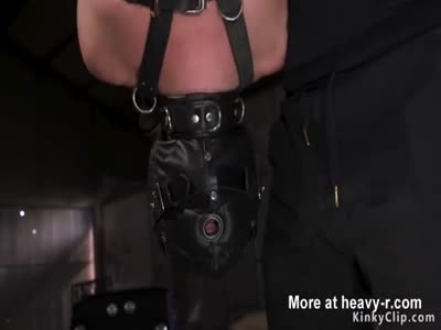 Slave in leather mask pussy slapped