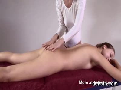 Relaxing Massage For Cute Naked Teen