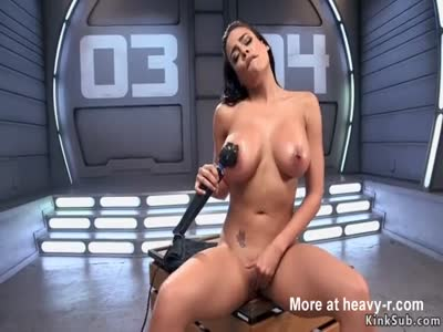 Huge tits beauty takes fucking machine