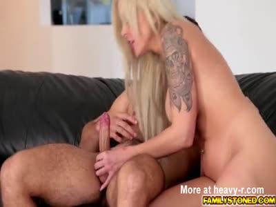 Cody banging Nina Elles milf pussy on top