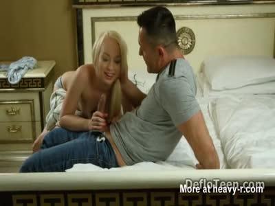 Sexy blonde Zoya Glotka learns how to deepthroat