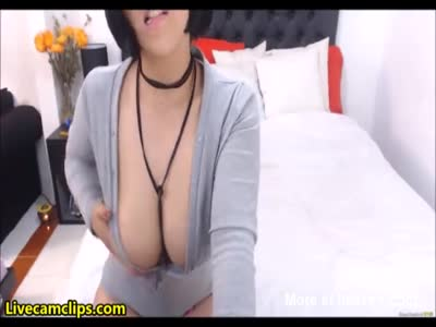 Busty babe Fucks Wet Hole With Dildo