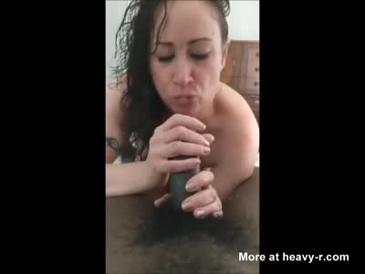 Dirty MILF Gives Handjob