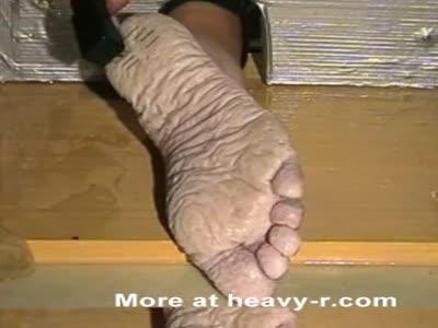 Bianca's wet feet torture staples