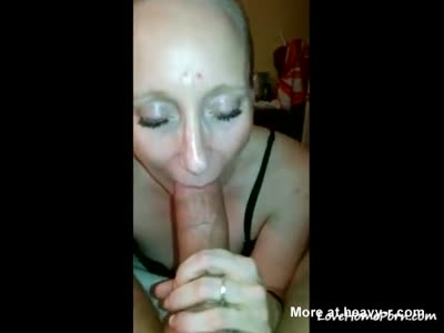Mature Shows Amazing Blowjob Skills