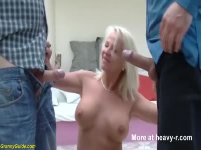 Double Penetration For Mom