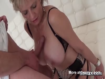 Busty Mature Creamed On Boobs