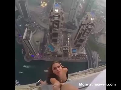 Couple Play With Their Lives At High Heights Above Dubai