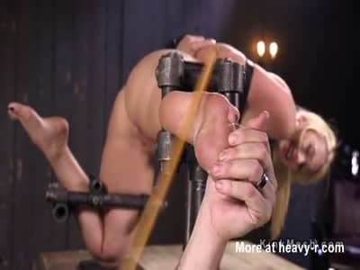 Feet Caning