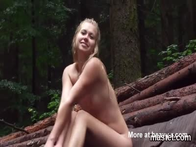 Cute Girl Opens Pussy