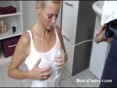 Free golden shower videos