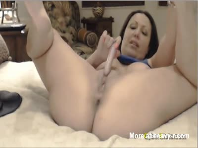 Wife fucking milf thumbs