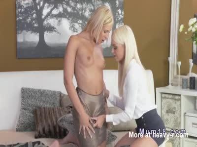Lesbian Milfs Oral Sex