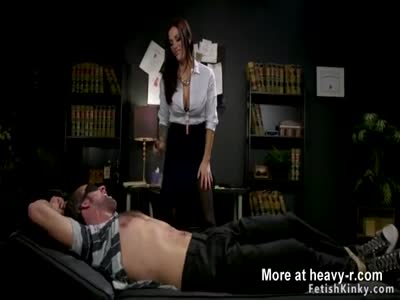 Busty therapist gives facesitting to sub