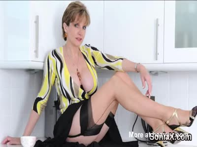 Unfaithful british mature lady sonia presents her giant boob