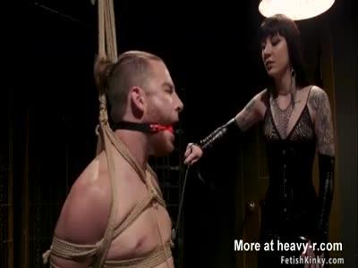 Femdom in latex anal bangs man slave
