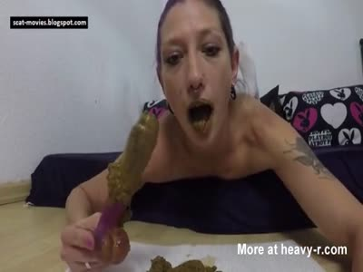 Kinky Woman's Lickable Scat