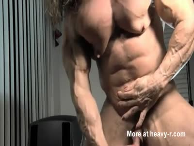 Female Bodybuilder Stroking Her Big Clit